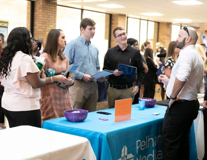 Health Care Recruiters Meet With Lander Nursing Students During Career Fair